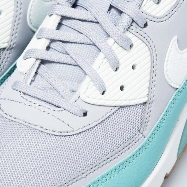 Nike WMNS Air Max 90 Essential wolf grey / barely green (616730-032)