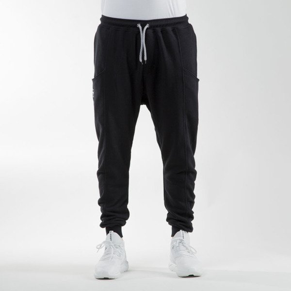 Phenotype Carrot Sweatpants black