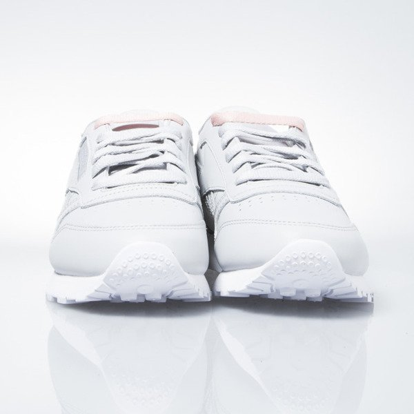 Reebok WMNS Classic Leather Matte Shine skull grey / white / silver (AR3072)