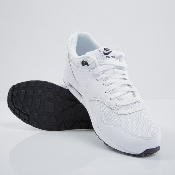 Sneakers Nike Air Max 1 Essential white / white - black  (537383-125)