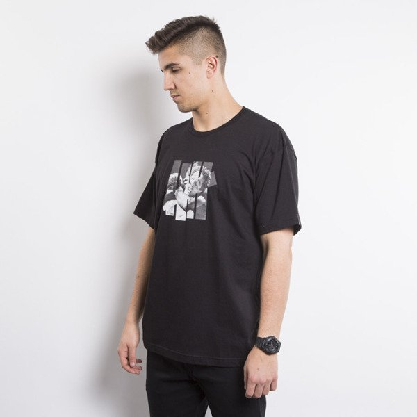 UNDEFEATED t-shirt SLEEPER HOLD TEE black