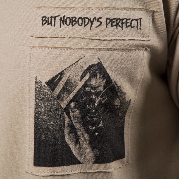 We Peace It T-shirt Nobody's Perfect beige