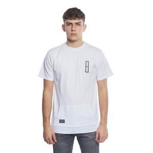 Backyard Cartel koszulka Rugged long fit white