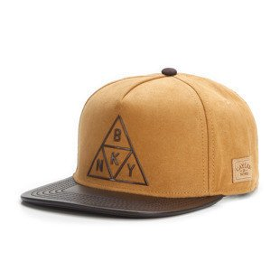 Cayler & Sons snapback czapka Briangle Cap honey suede / dark brown WL-CAY-AW16-06
