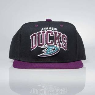 Czapka Mitchell & Ness snapback Anaheim Ducks Team Arch black / purple ND12Z