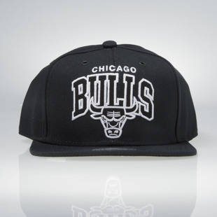 Czapka Mitchell & Ness snapback Chicago Bulls black EU965 Black and White Arch