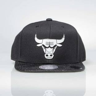 Czapka Mitchell & Ness snapback Chicago Bulls black INTL042 Ultimate