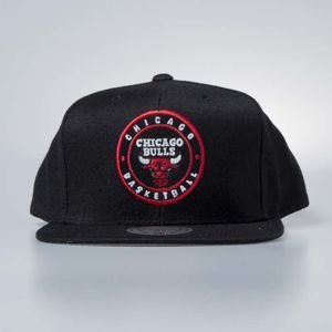 Czapka Mitchell & Ness snapback Chicago Bulls black Twill Circle Patch