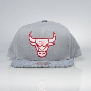 Czapka Mitchell & Ness snapback Chicago Bulls grey Cracked