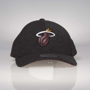 Czapka Mitchell & Ness snapback Miami Heat black INTL046 Sweat