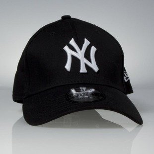 Czapka New Era cap New York Yankess 3930 League Classic black / white