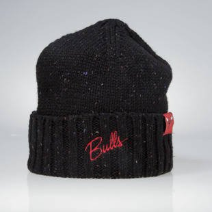 Czapka zimowa Mitchell & Ness winter beanie Chicago Bulls black KW19Z TC Heather Script