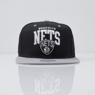 Mitchell & Ness czapka snapback Brooklyn Nets black Team Arch NA80Z