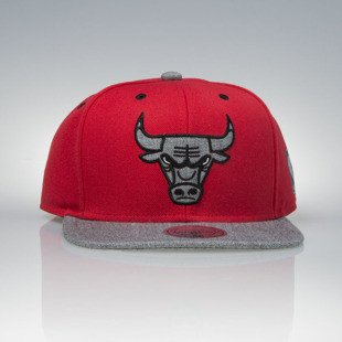 Mitchell & Ness czapka snapback Chicago Bulls red / grey Greytist EU938