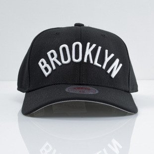 Mitchell & Ness czapka strech fit Brooklyn Nets black Courtside EU384