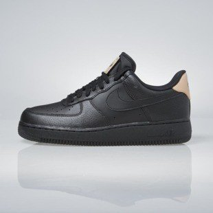 Sneakers buty Nike Air Force 1 '07 LV8 black / black 718152-016