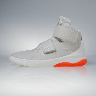 Sneakers buty Nike Marxman light bone / steel / crimson (832764-003)