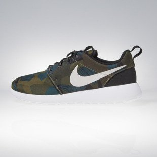 Sneakers buty Nike Roshe ONE Print cargo khaki / light bone - white 655206-300