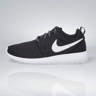 Sneakers buty Nike WMNS Roshe One black / white-dark grey 844994-002