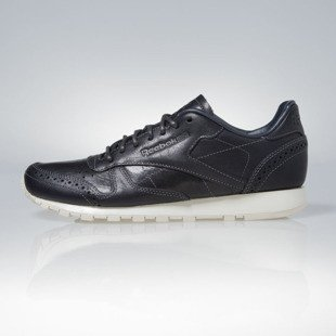 Sneakers buty Reebok Classic Leather Lux CF STEAD navy / sandtrap / canvas (V55143)