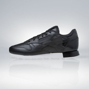 Sneakers buty Reebok WMNS Classic Leather Matte Shine black / white (AR0850)