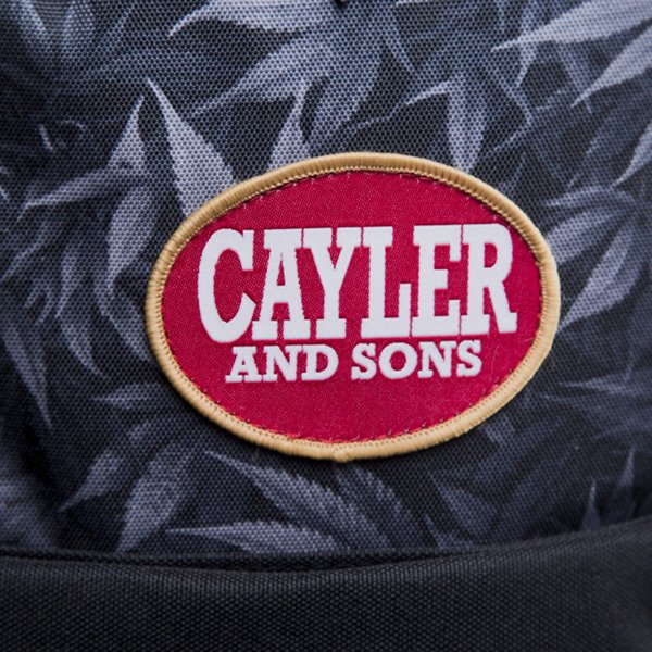 Cayler & Sons plecak Blunted bluck kush / maroon (CAY-S15-BP-01-01)