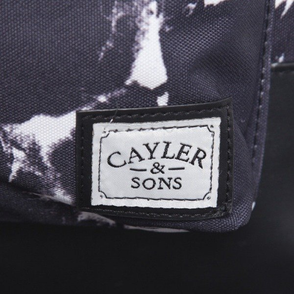 Cayler & Sons plecak Pray Uptown black / white / putti (CAY-AW14-BP-01-01-OS)