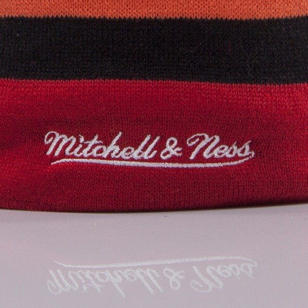 Mitchell & Ness czapka Miami Heat red Boost Team Color Long KL75Z