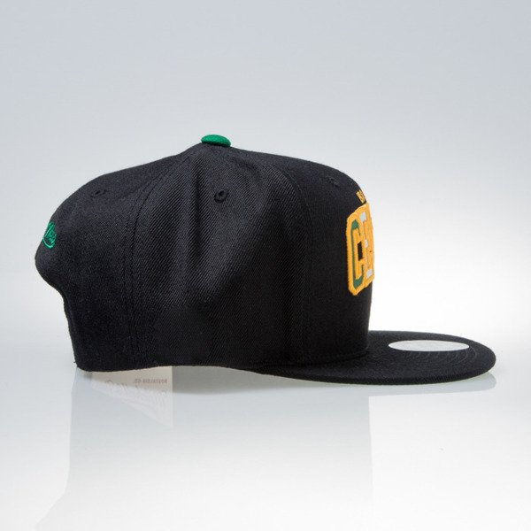 Mitchell & Ness czapka snapback Boston Celtics black REFLECTIVE TRI POP ARCH VQ85Z