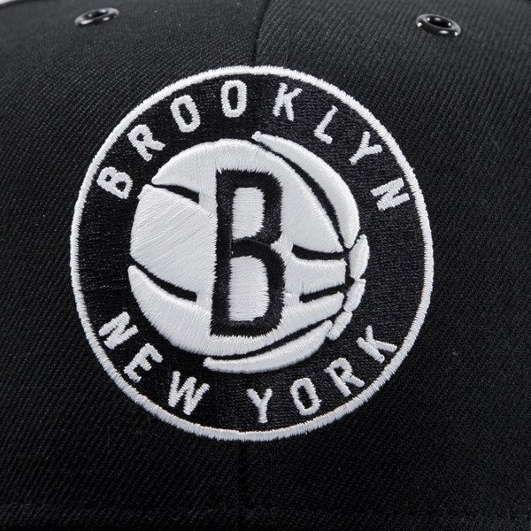 Mitchell & Ness czapka snapback Brooklyn Nets black EU501 SPEEDWAY