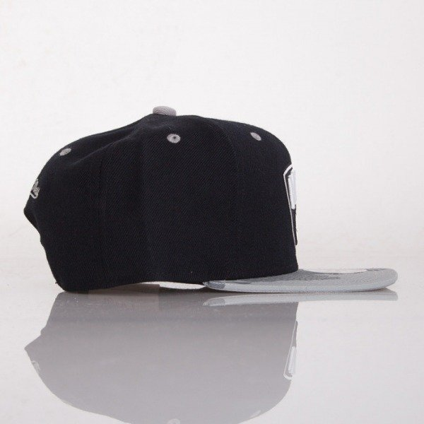 Mitchell & Ness czapka snapback Brooklyn Nets black Paint Brush EU149