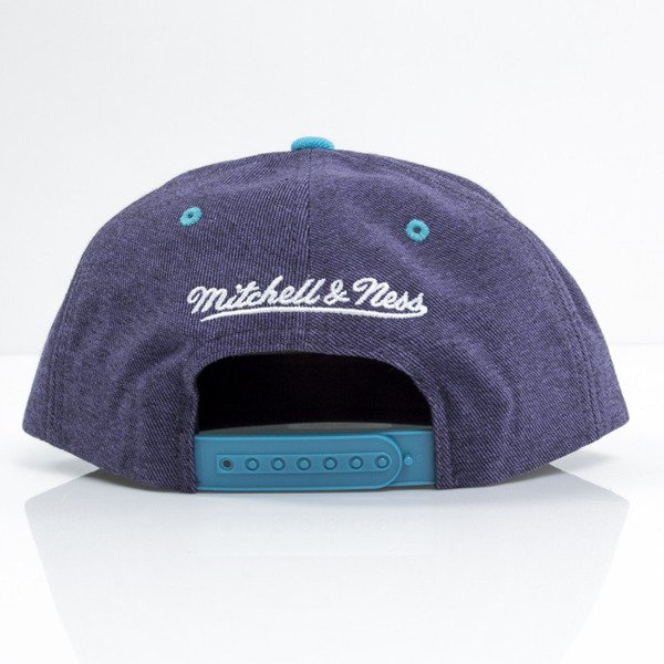 Mitchell & Ness czapka snapback Charlotte Hornets purple Denim Harry VE87Z