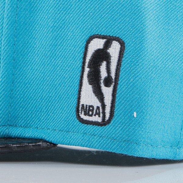 Mitchell & Ness czapka snapback Charlotte Hornets turquoise EU501 SPEEDWAY