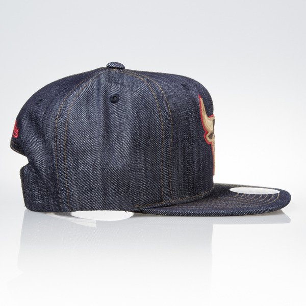Mitchell & Ness czapka snapback Chicago Bulls DARK DENIM VW46Z