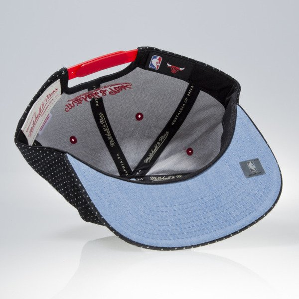 Mitchell & Ness czapka snapback Chicago Bulls black DOTTED COTTON VQ94Z