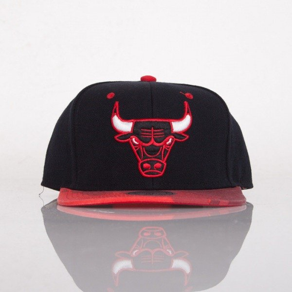 Mitchell & Ness czapka snapback Chicago Bulls black Paint Brush EU149