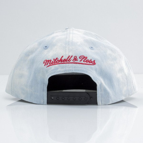 Mitchell & Ness czapka snapback Chicago Bulls blue Light Acid Washed VE98Z