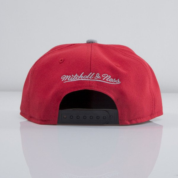 Mitchell & Ness czapka snapback Chicago Bulls red Forward Line EU435