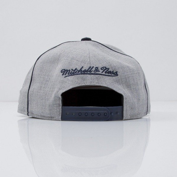 Mitchell & Ness czapka snapback Logo grey / navy Sports Pack Batter EU375