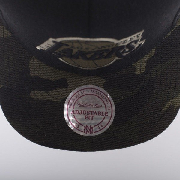 Mitchell & Ness czapka snapback Los Angeles Lakers black Combat EU275
