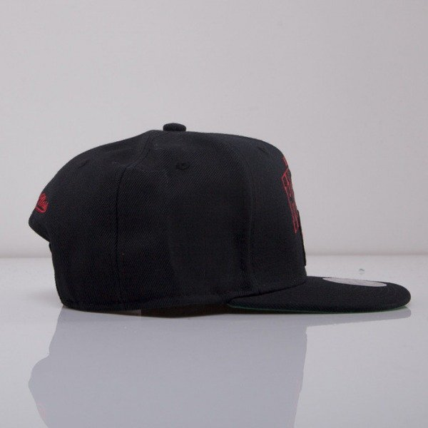 Mitchell & Ness czapka snapback Miami Heat black On Point EU240