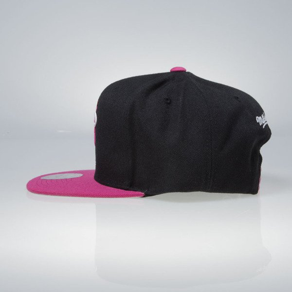 Mitchell & Ness czapka snapback Miami Heat black / pink Current Throwback EU956