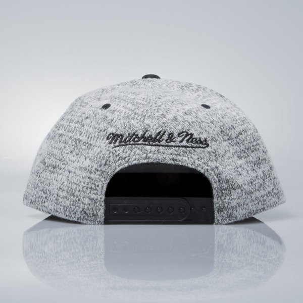 Mitchell & Ness czapka snapback New York Knicks grey heather / black EU957 GREY DUSTER