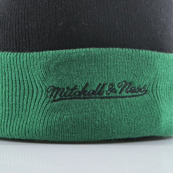 Mitchell & Ness czapka zimowa Boston Celtics black Arched Cuff Knit EU349
