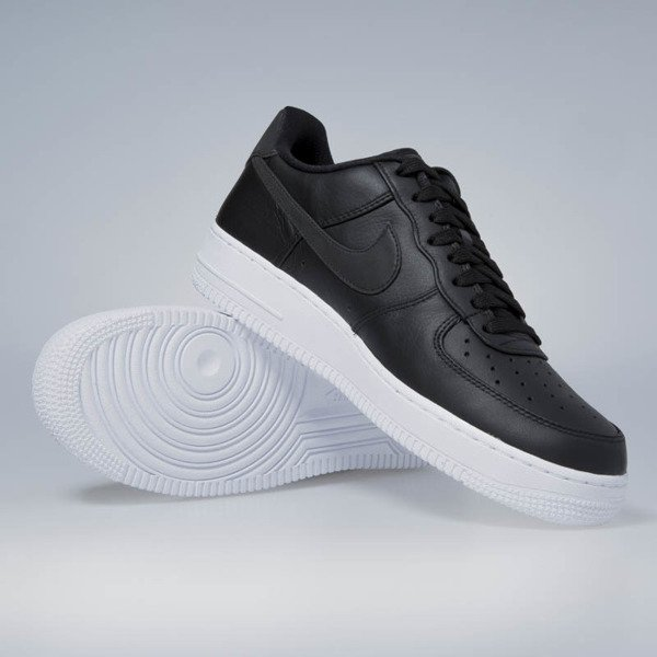 Sneakers buty Nike Air Force 1 '07 Premium black / black - white 905345-001