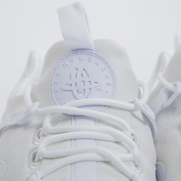 Sneakers buty Nike Air Huarache Utility triple white (806807-100)
