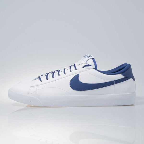Sneakers buty Nike Tennis Classic AC white / coastal blue-gm md brown (377812-121)