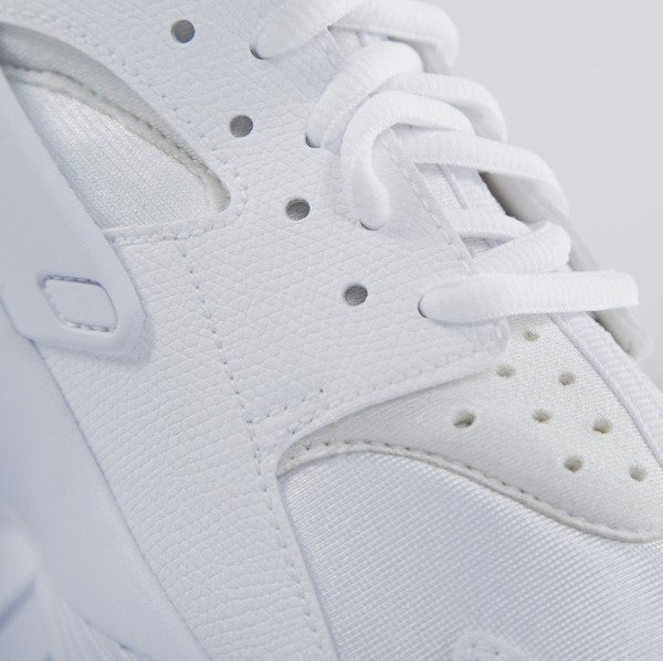 Sneakers buty Nike WMNS Air Huarache all white (634835-106)