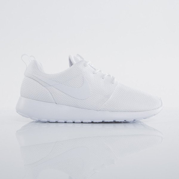 Sneakers buty Nike WMNS Roshe One  white / white (511882-111)