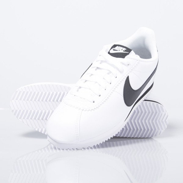 Sneakers buty Nike Wmns Classic Cortez Leather white / black (807471-101)